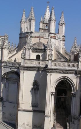 20120327073617-iglesia-del-angel.jpg