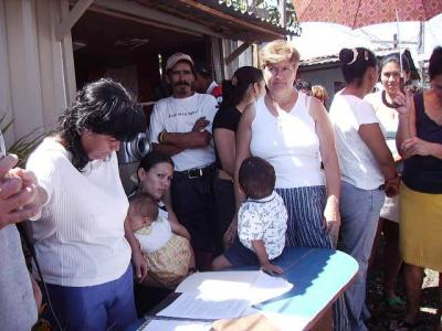 20120506174446-convocatoria-a-marcha-del-tlc.jpg