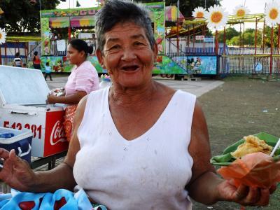 20130308163753-isabel-soto-mayedo.-vendedora-de-vigoron-parque-de-la-ninez-feliz.-managua-19-ene-2013-1-.jpg