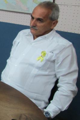 20130906040609-embajador-cinta-amarilla-2-.jpg