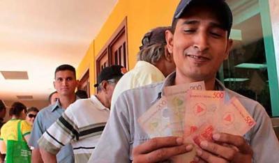 20131106013348-reciben-bono-cristiano-socialista-y-solidario-2012-05-04-42591-1243x730.jpg