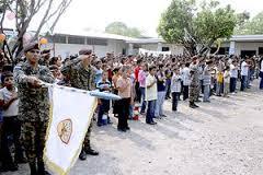 20140416195721-honduras-ninos-militarizacion.jpeg