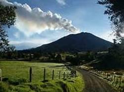 20141030175241-volcan-turrialba.jpg