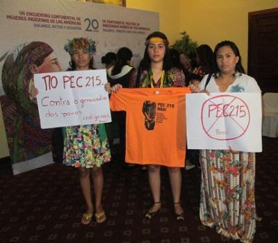20151120034155-isabel-soto-mayedo.-mujeres-indigenas-jovenes-de-brasil.-ecmia-guatemala-19-nov-2015.jpg