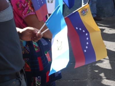 20151210054122-isabel-soto-mayedo.acto-homenaje-a-chavez-y-venezuela.-plaza-simon-boliviar.-ciudad-guatemala-8-dic-2015-12-.jpg