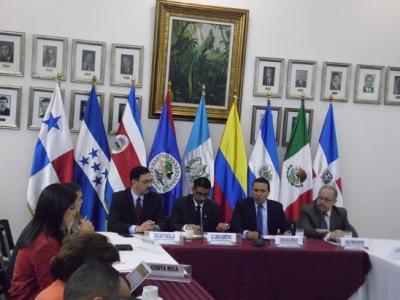 20151229012403-isabel-soto-mayedo.-reunion-sica-migrantes-cubanos.-guatemala-28-dic-2015-5-.jpg