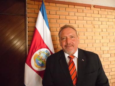 20160305021457-isabel-soto-mayedo.-embajador-de-costa-rica-en-guatemala-javier-diaz.-noviembre-3-de-2015-6-.jpg