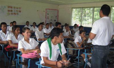 20111007205303-20100814180638-control-social-colegios.jpg
