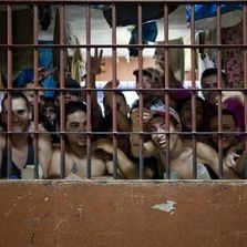 Futuro presidente de Costa Rica heredará un sistema penal en crisis