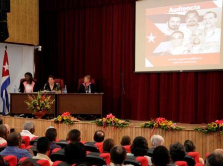 Cuba: Celebran Audiencia Pública Parlamentaria por Los Cinco