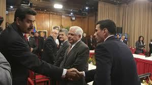 20140521223315-venezuela-dialogos-de-paz.jpeg