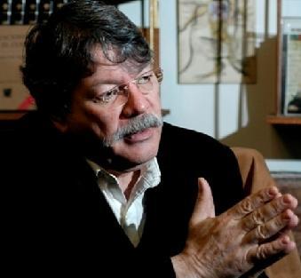 Plan Cóndor Comunicacional en América Latina, denuncia Buen Abad