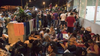 Guatemala desestima crisis humanitaria en caso de migrantes cubanos