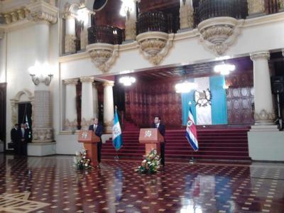 Costa Rica garantizará salida completa y ordenada de migrantes cubanos