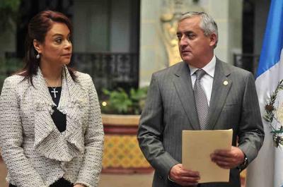 Video sugiere complicidad de exgobernantes en corrupción en Guatemala
