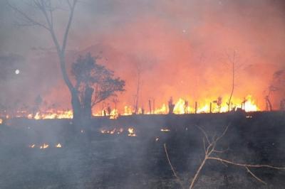 Alerta Roja por incendios forestales en norte de Guatemala